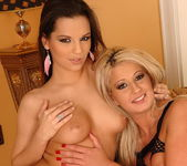 Eve Angel, Sindy Love - Club Sandy 20