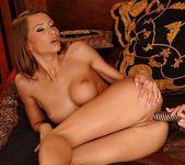 Hannah Hunter & Sindy - Club Sandy 15