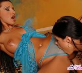 Coreena & Vica Ryder - Club Sandy 5