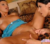 Coreena & Vica Ryder - Club Sandy 17