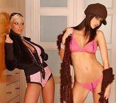 Alexis, Ivette Blanche - Club Sandy 3