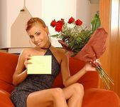 Anetta Keys - roses & pussy 2