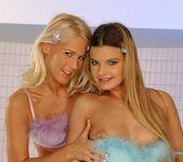 Dorina, Suzie Carina - Club Sandy 7