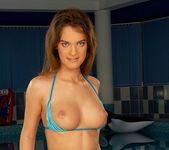 Olivia York - Club Sandy 6