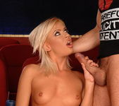 Honey Winter - Deepthroat Frenzy 17