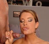 Lara Craft - Deepthroat Frenzy 17