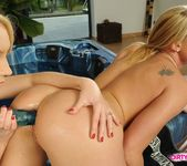 Kathia Nobili & Nataly Von Playing Lesbians 13