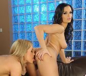 Pussy Licking with Eve Angel & Salome 8