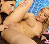 Pussy Licking with Eve Angel & Salome 14
