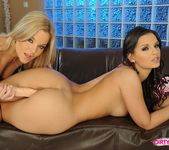 Pussy Licking with Eve Angel & Salome 15