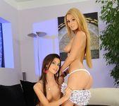 Antonya & Ariella Licking Pussy 4