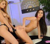 Antonya & Ariella Licking Pussy 17