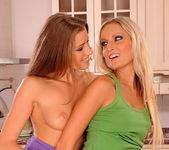 Eliska & Neilla Eating Pussy 3