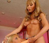 Lesbian Action with Jordan Green & Gili Sky 15