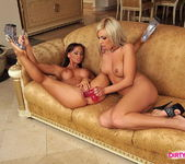 Christina Bella & Adriana Russo Licking Pussy 13
