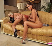 Christina Bella & Adriana Russo Licking Pussy 20