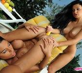 Zafira & Doris Eating Pussy 9
