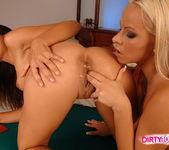 Dirty Lesbians Zafira & Sun 8