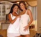 Dirty Lesbians Hannah Hunter & Pocahontas 2