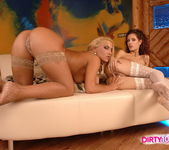Horny Lesbians Sarah James & Leanna Sweet 10