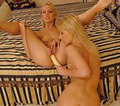 Dirty Lesbians Bambi & Jasmin 18
