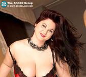 Ann Calis - Top Heavy Table Topper - ScoreLand 8