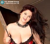 Ann Calis - Top Heavy Table Topper - ScoreLand 9