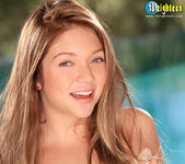 Jessie Andrews - Freshman Flattie - 18eighteen 8