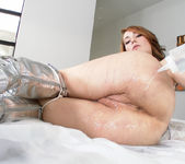 Raylin Ann - Wet & Shiny Pussy - Lubed 6