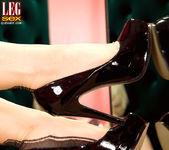 Siri - Sexy Seams - Leg Sex 8
