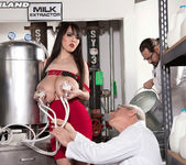 Holy Cow! The Milking Of Sweet Hitomi - ScoreLand 7