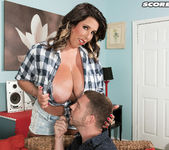 Amaya May - It's A Fact: This Lady's Stacked - ScoreLand 6