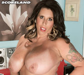 Amaya May - It's A Fact: This Lady's Stacked - ScoreLand 16