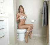 Kendall Kayden - Shower Show - POVd 18