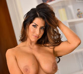 Raven - Curvy And Sultry - FTV Milfs 10