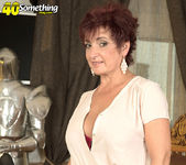 Jessica Hot - The Busty Divorcee Is Hot - 40 Something Mag 3