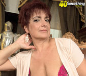 Jessica Hot - The Busty Divorcee Is Hot - 40 Something Mag 13