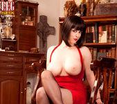 Larkin Love - Domme Dame - Leg Sex 6