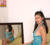 Isabella de la Cruz - Lick Her Through Her Hose - Leg Sex 2