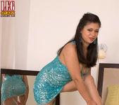 Isabella de la Cruz - Lick Her Through Her Hose - Leg Sex 7