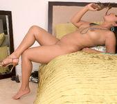 Isabella de la Cruz - Lick Her Through Her Hose - Leg Sex 14