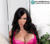 Amy Anderssen - Amy Loves Her 34gg Tits - ScoreLand 2