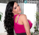 Amy Anderssen - Amy Loves Her 34gg Tits - ScoreLand 12