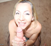 Lisa Demarco - Give Me A Facial - Over 40 Handjobs 8