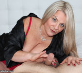 Milf Chloe - Spurting with Step Mom - Over 40 Handjobs 2