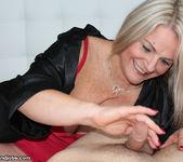 Milf Chloe - Spurting with Step Mom - Over 40 Handjobs 3