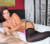 Helena Price, My Pleasure - Over 40 Handjobs 8