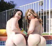 Lesbian Heat: Strap-On Sodomy, Squirt 15