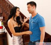 Jasmine Caro - I Have a Wife 2