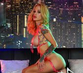 Sarah gets nude in the night club - Sarah Jessie 10